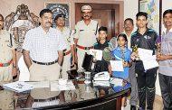 రాష్ట్ర స్ధాయి బ్యాట్మెంటన్ చాంపియన్షిప్ 2018-19కు శార్వాణి పోలీసు వెల్ఫేర్ ఆంగ్ల పాఠశాల విద్యార్ధులు